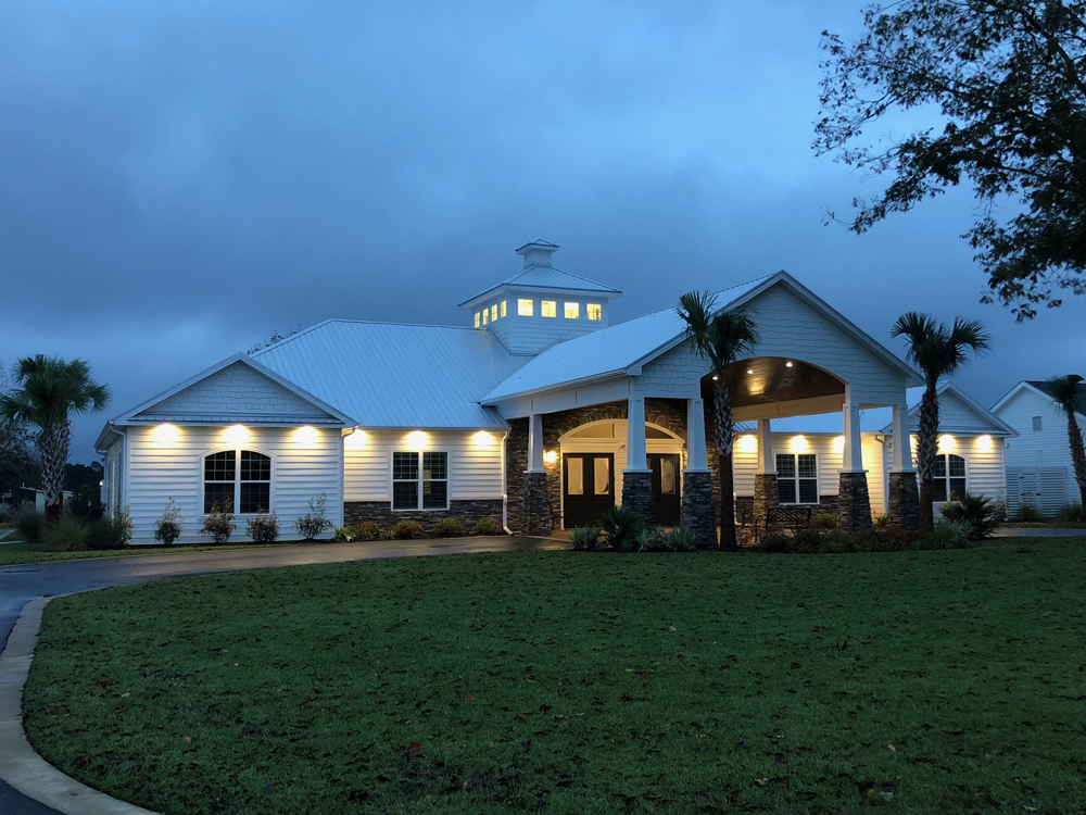 02 New Clubhouse at night